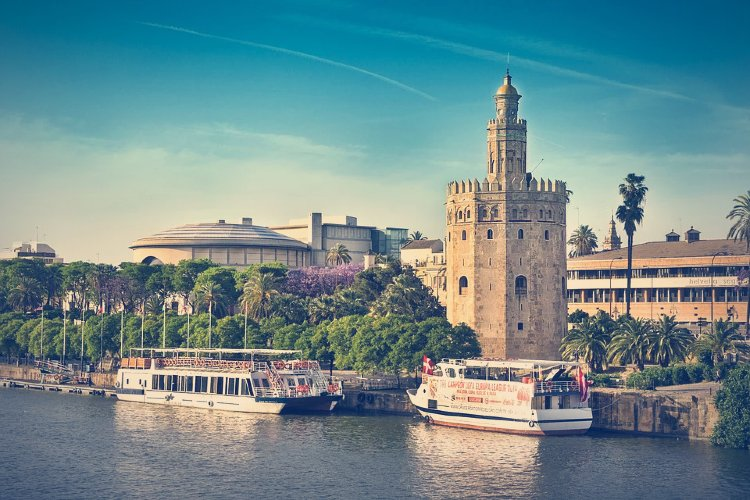 Qué ver en Sevilla. Paseo en barco por Sevilla
