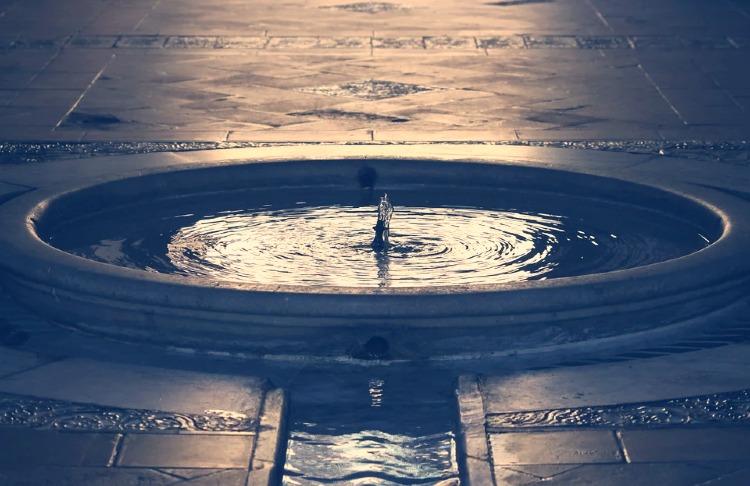 Fuente en el Alcázar de Sevilla