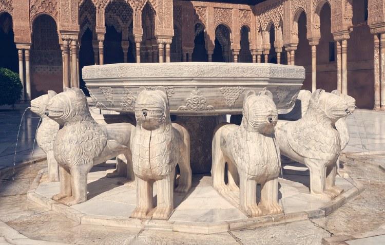 Alhambra und Generalife Spanien. Tour von Sevilla