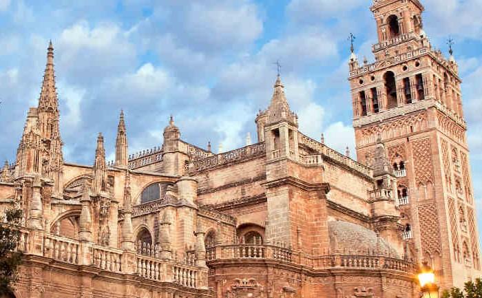 Tour por el Alcázar, la Catedral y la Giralda